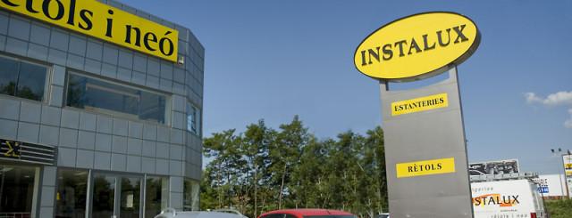 Instalux, un treball globalper al seu local de negoci